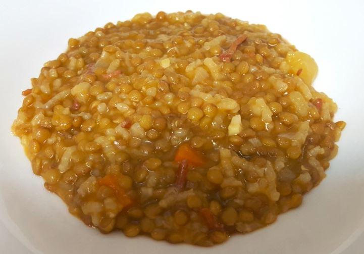 Lentejas con arroz y c rcuma recetas de cocina f ciles y - Lentejas con costillas y patatas ...