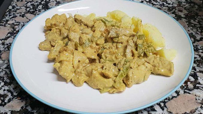 Solomillo de cerdo en salsa de cacahuetes