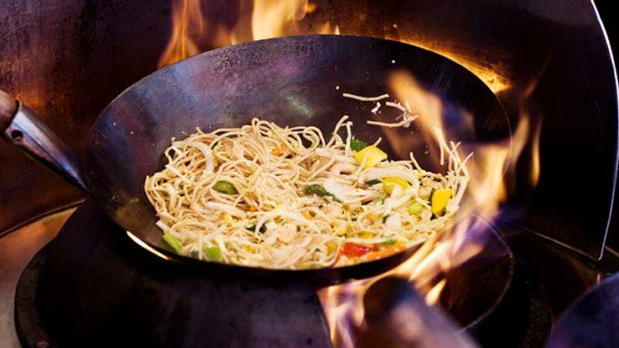 Cocinar con wok